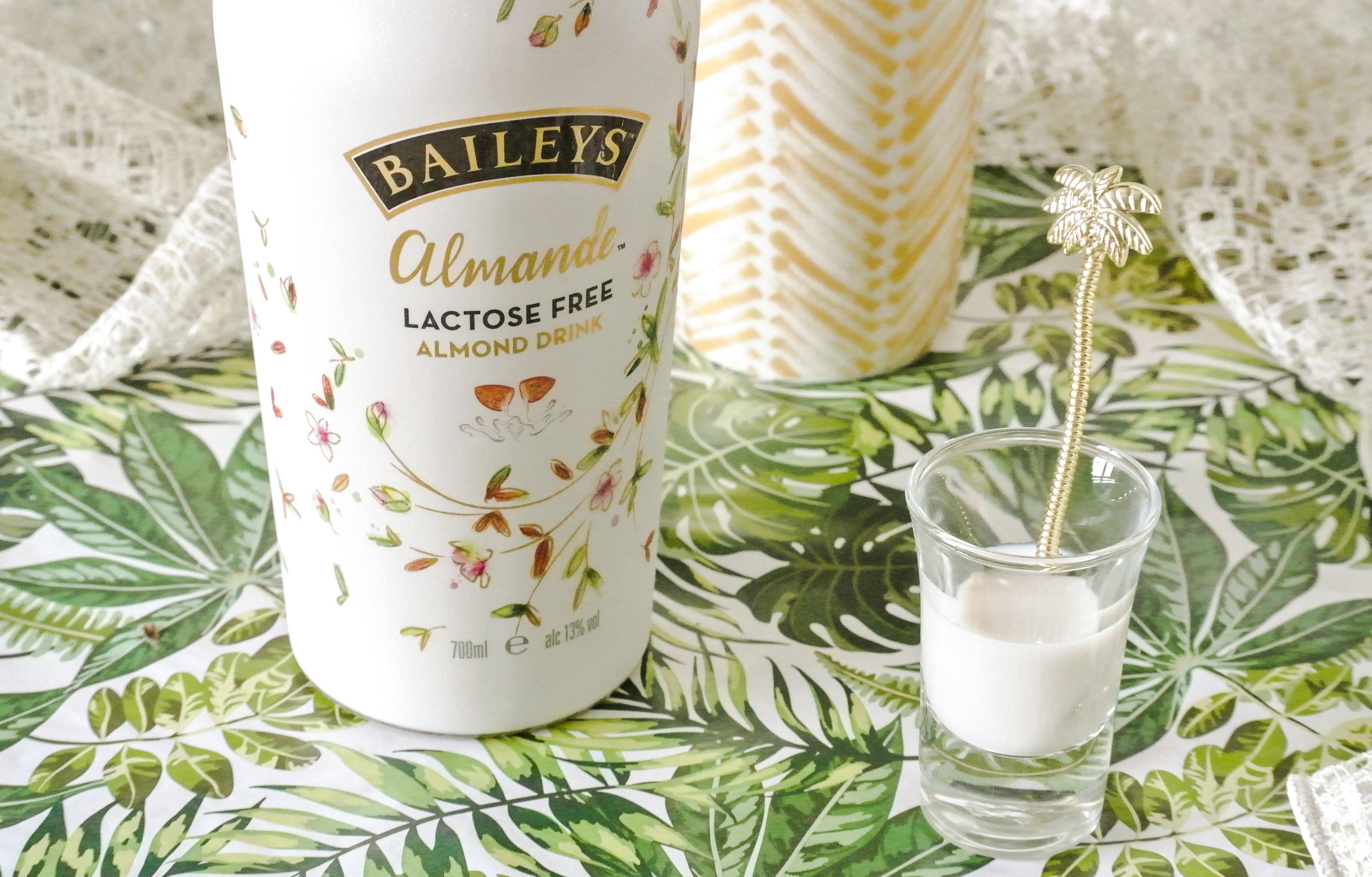 Witte chocolademelk met Baileys